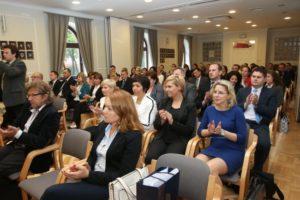відео вручення сертифікатів з польської мови